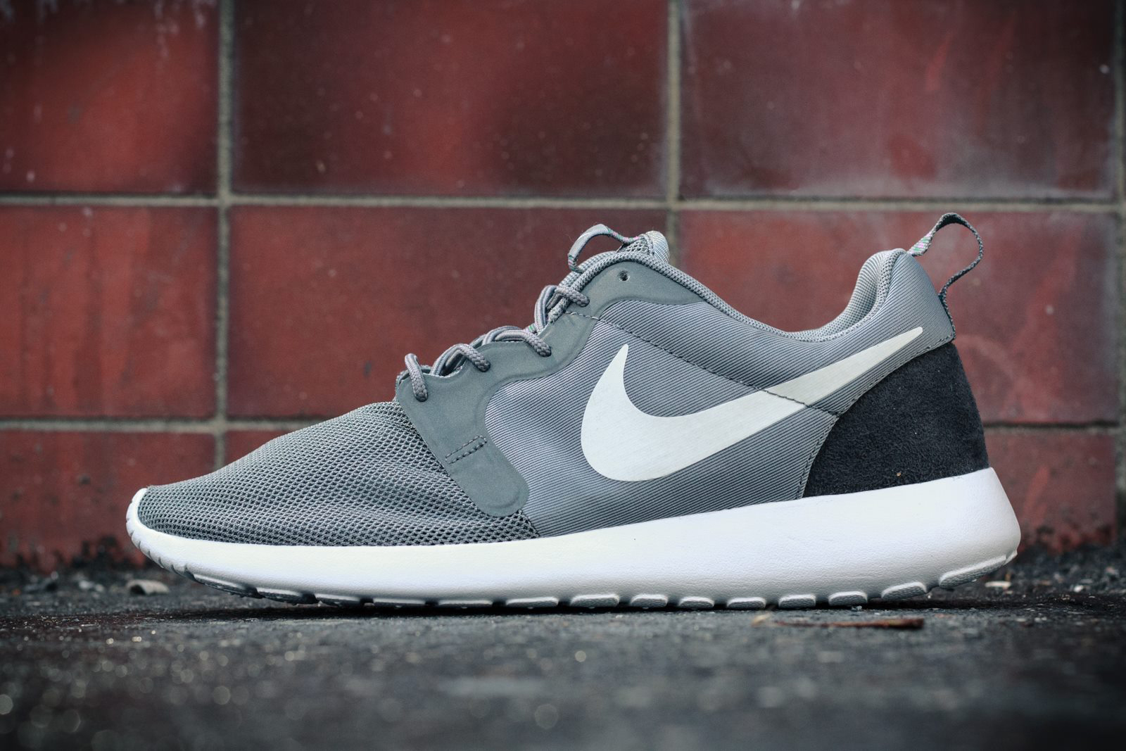 low priced c1e25 e91a5 NIKE ROSHE RUN HYPERFUSENIKE ROSHE RUN HYPERFUSE - Wait! Fashion