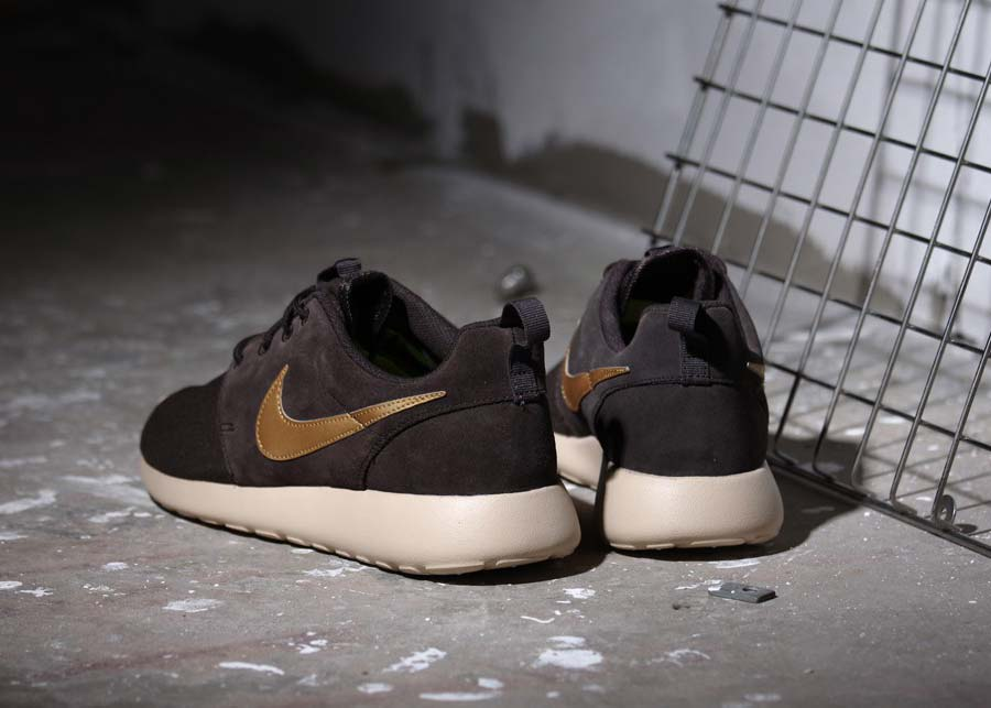 buy popular 32f93 d0bbb nike roshe run uomo nere pelle