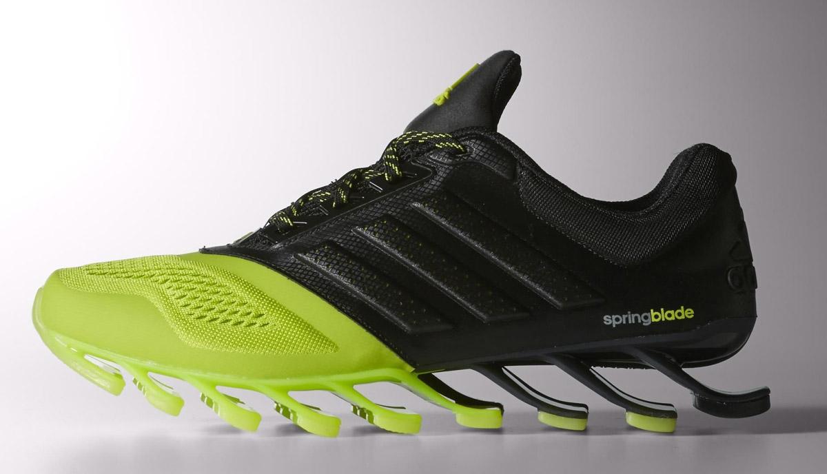 Adidas spingblade Drive, tornano le zapatillas da corriendo con le