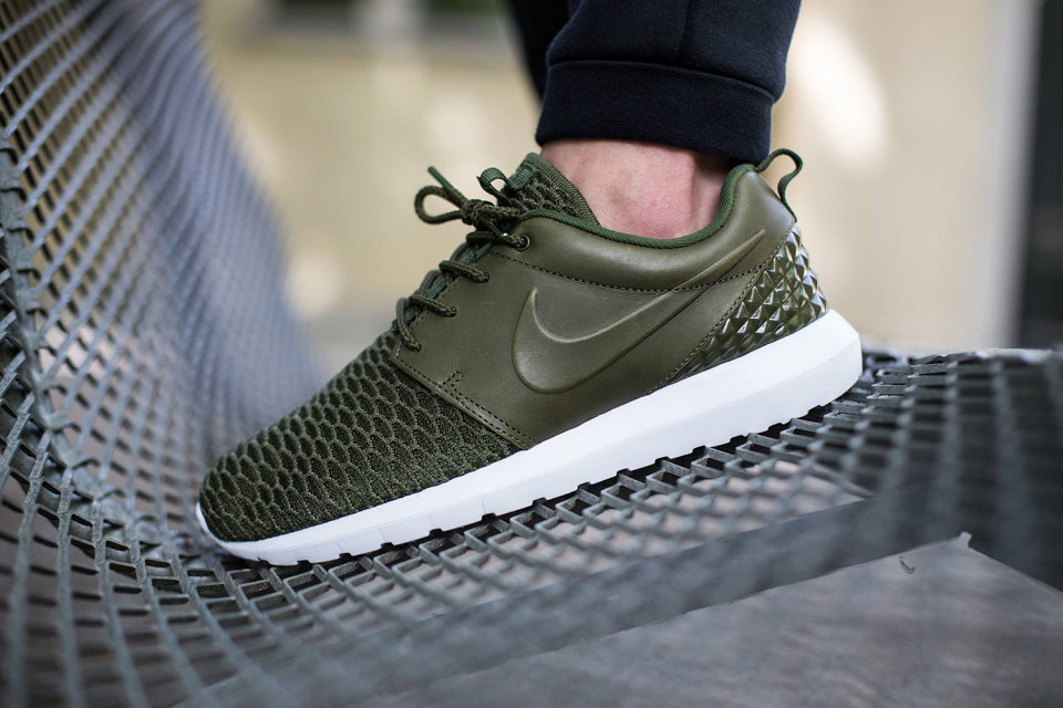 best service 91134 536a8 nike-roshe-one-flyknit-premium-1-960x640 ...
