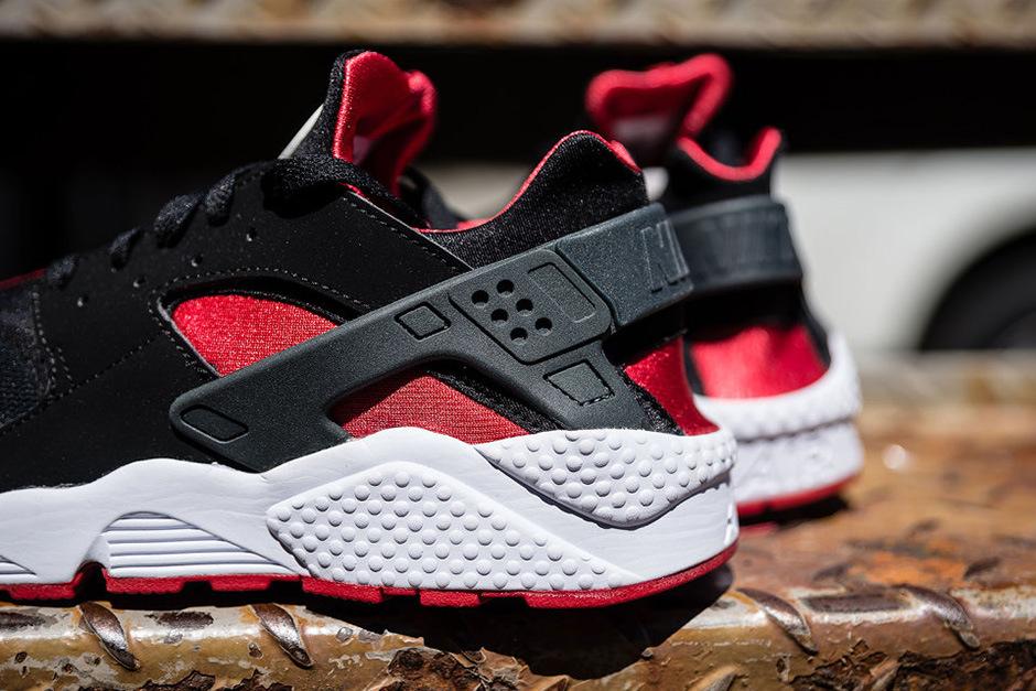 red and black nike huarache