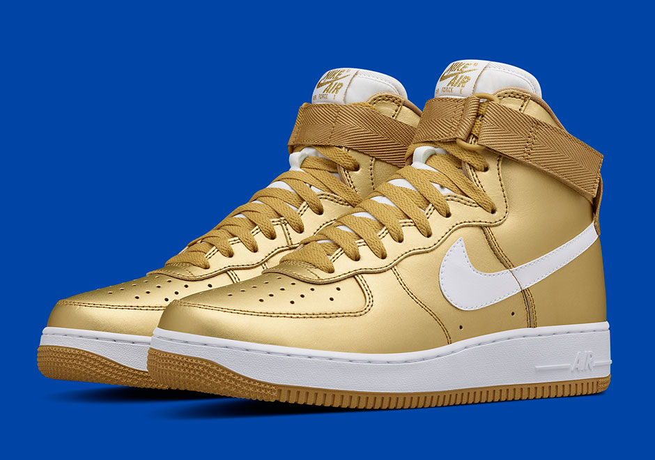 Nike Air Force 1 oro