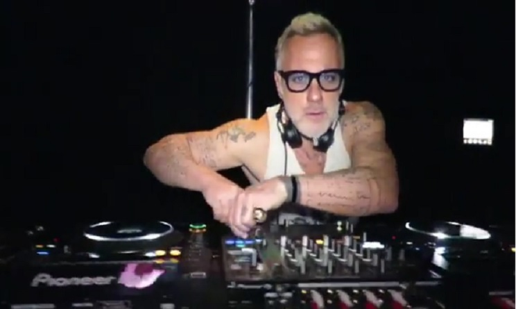 gianluca-vacchi-dj