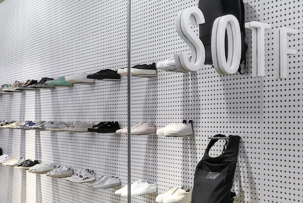 SHOPenauer Stores. Shopping a Firenze